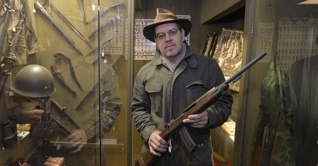 Washington gun law leads museum to remove rifles