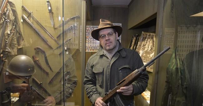Washington gun law leads museum to remove rifles