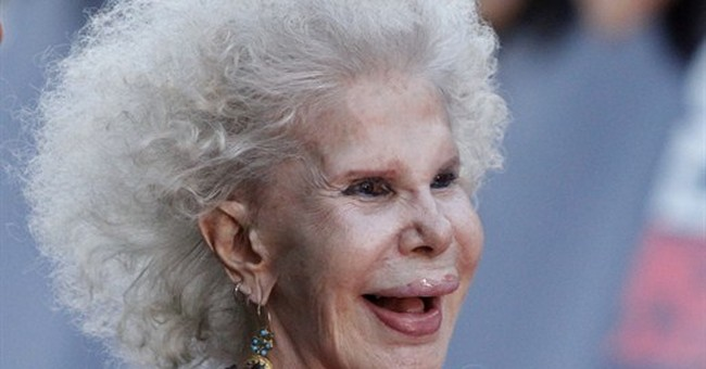 Duchess of Alba, wealthy aristocrat, dies at 88