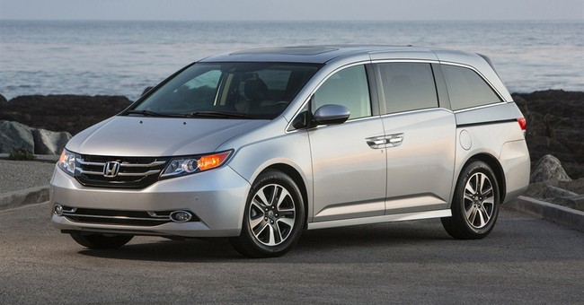 Minivans do poorly in new crash tests