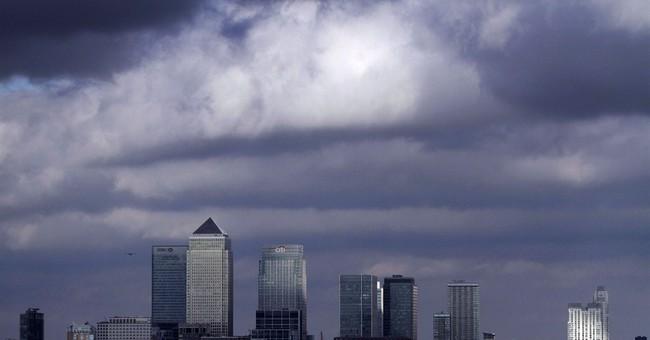 EU Court adviser backs cap on bank bonuses