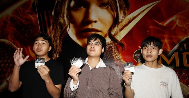 Thai students detained at 'Hunger Games' opening