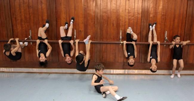 Iraq: Ballet school speaks to city's resilience