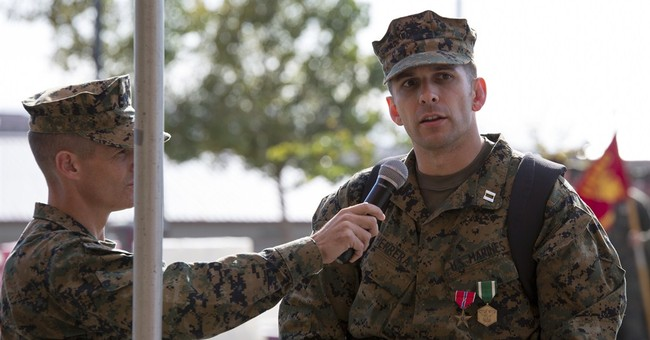Marine with robotic leg braces gets Bronze Star