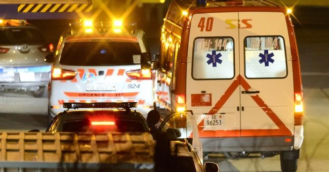 Cuban doctor arrives in Geneva for Ebola treatment