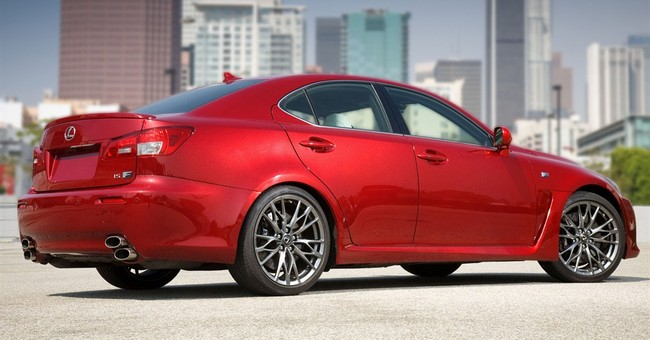 Toyota recalls nearly 423K Lexuses for fuel leaks