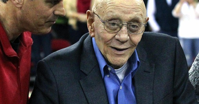 Hall of Fame coach Tarkanian hospitalized in Vegas