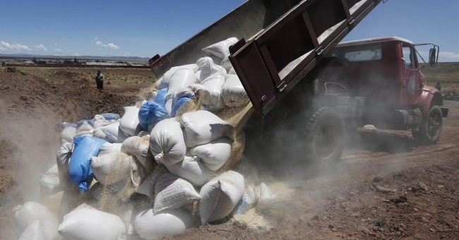 Influx of cheap Peruvian quinoa riles Bolivia