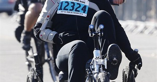 Giffords rides in Tucson cycling event