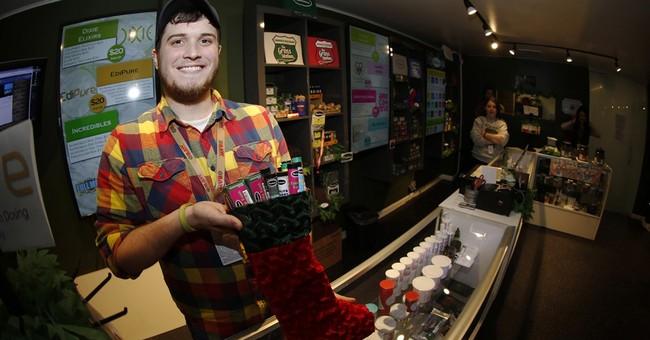 Merry marijuana: Pot sellers woo holiday shoppers