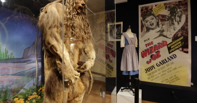 'Wizard of Oz' Cowardly Lion costume fetches $3M