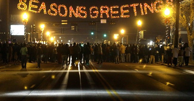 Protesters clear out as Ferguson streets calm down