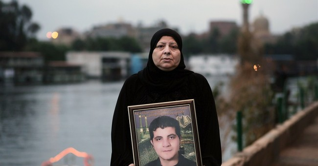 Mubarak verdict due, but Egyptians' interest wanes