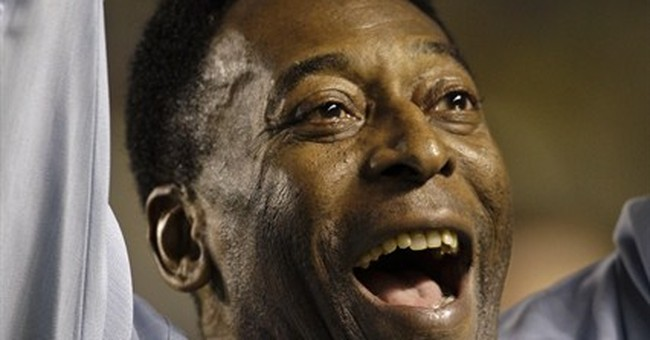 Pele says 'nothing serious' with him