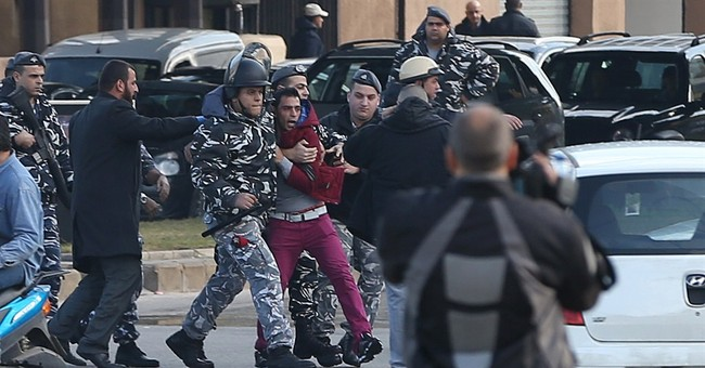 Families of kidnapped Lebanese soldiers protest