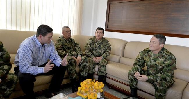 Colombian rebels free captured general