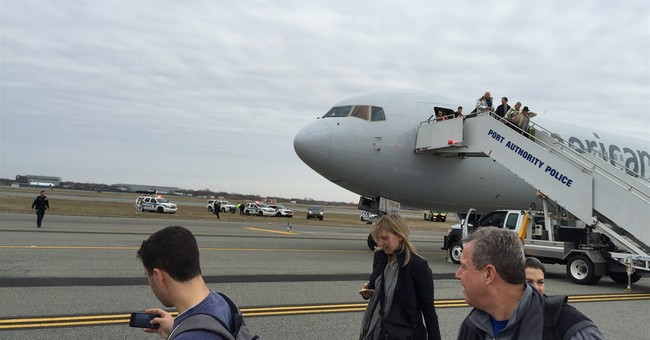 No bomb found on Spain-to-NY flight after threat