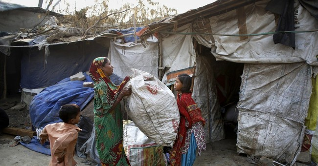 She sought good life in New Delhi, but found trash