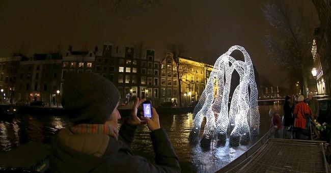 Art festival lights up Amsterdam in dark winter
