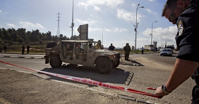 Israeli lightly wounded in West Bank attack