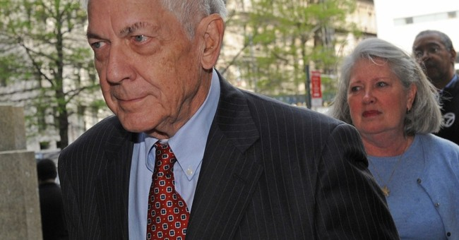 Son convicted of looting Brooke Astor's money dies