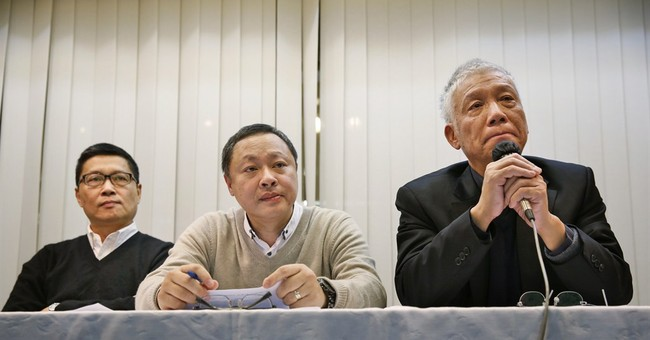 3 Hong Kong protest leaders to surrender to police