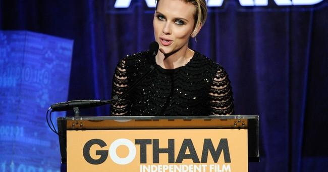Scarlett Johansson weds in secret Montana ceremony