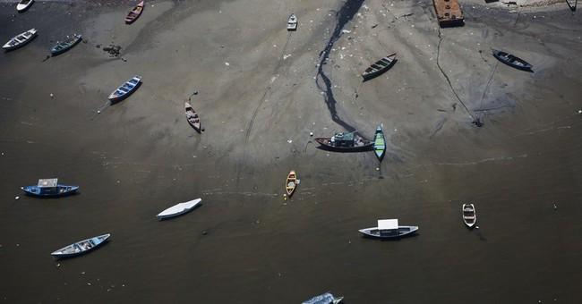 Tourism Ministry removes fake photos of Rio bay