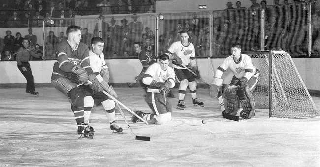 Montreal Canadiens great Jean Beliveau dead at 83