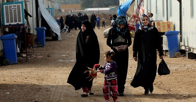 Displaced Iraqis get different levels of aid