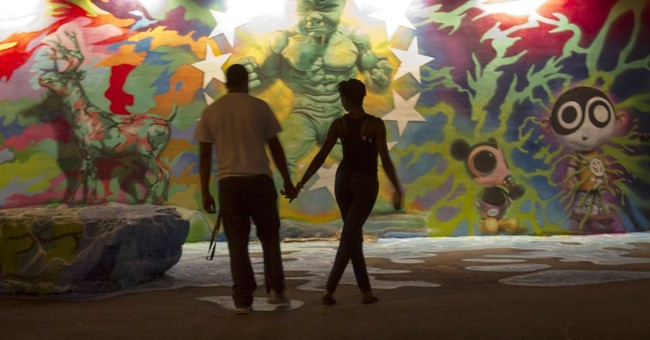 Art enthusiasts, celebs hit up Art Basel Miami