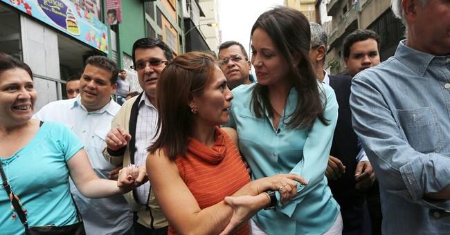Prosecutors question Venezuela opposition figure