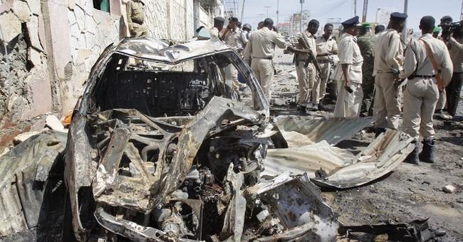 Bomb blast hits UN convoy in Mogadishu; 3 dead