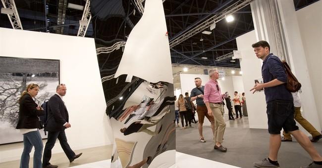 Joe Jonas, Kim Kardashian hit up Art Basel parties