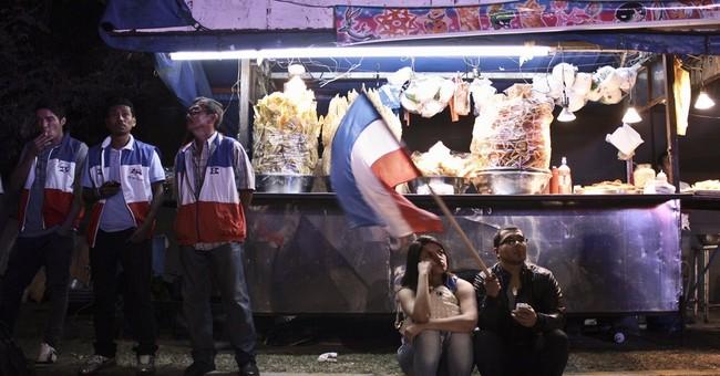 Salvadoran leftist leads vote, but  faces runoff