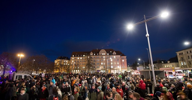 Right-wing Dresden protests met with counter demo