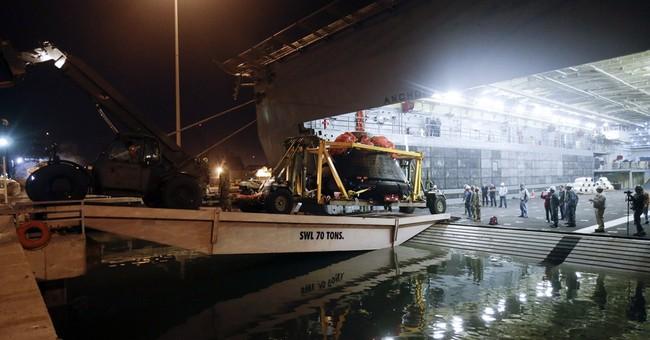 Navy returns NASA's Orion spacecraft after test flight