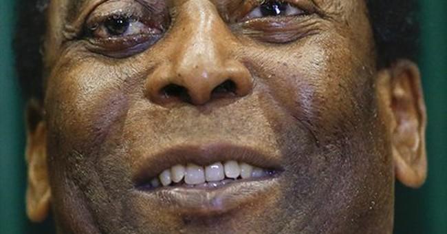 Pele leaves hospital, says illness was a 'scare'