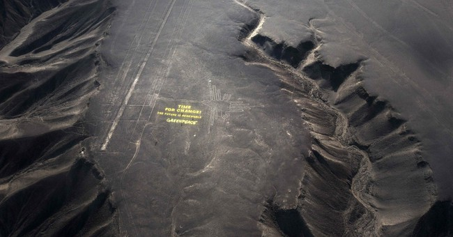 Peru riled by Greenpeace stunt at Nazca lines