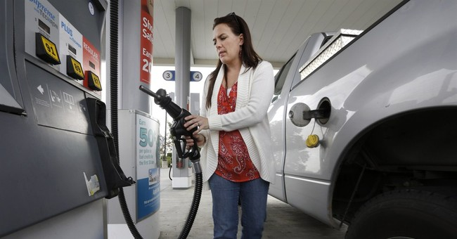 Government: Gas to average $2.60 next year