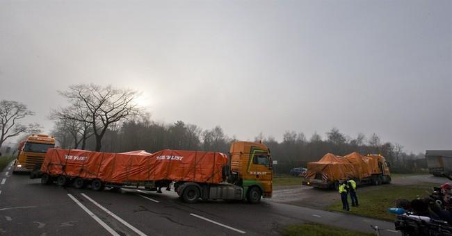 Dutch govt defends handling of Ukraine crash probe