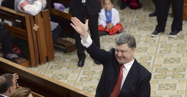 Ukraine president urges Russia to withdraw troops