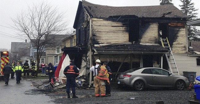 4 found dead in Connecticut house fire; 5 escape
