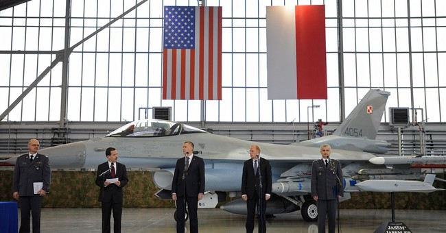 Polish leader hails purchase of US missiles