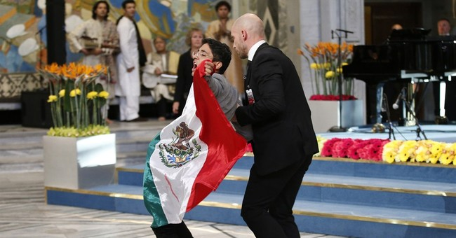 Malala sympathetic to Mexican protester at Nobels