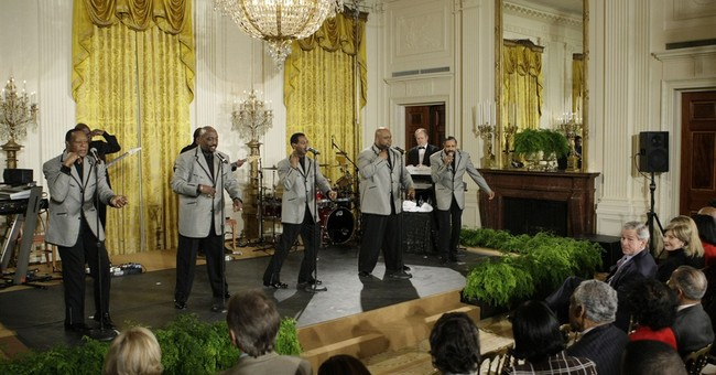 Motown's Temptations, Four Tops visit Oval Office