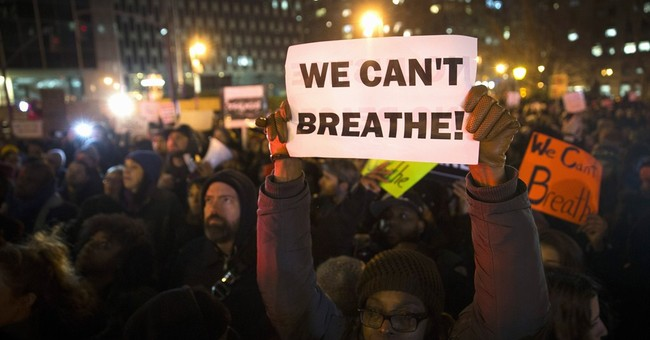 2016 contenders quiet on police shootings protests