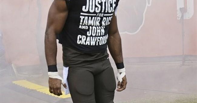 Browns' Hawkins emotional in defending T-shirt