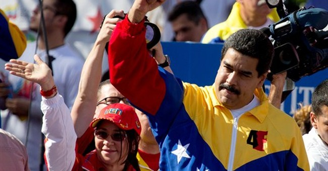 Pro-government Venezuelans protest US sanctions