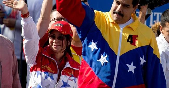 Pro-government Venezuelans protest US sanctions